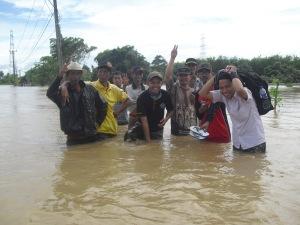 Bantuan Bencana Banjir oleh TP2D Tangbar